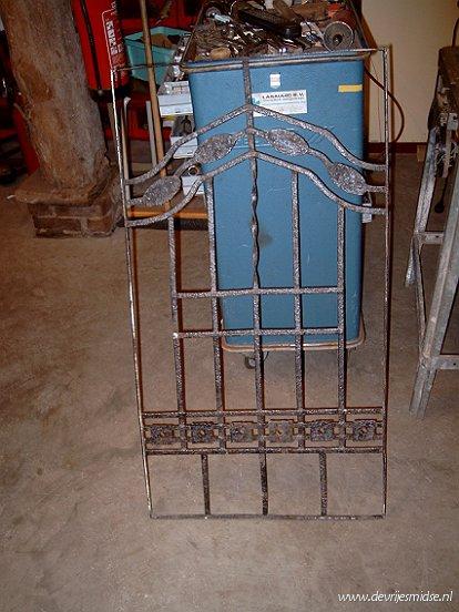 foto van te restaureren hekje