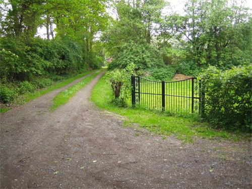 foto poort in tuin